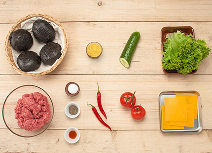 BLACK BURGER: Ingredients overview